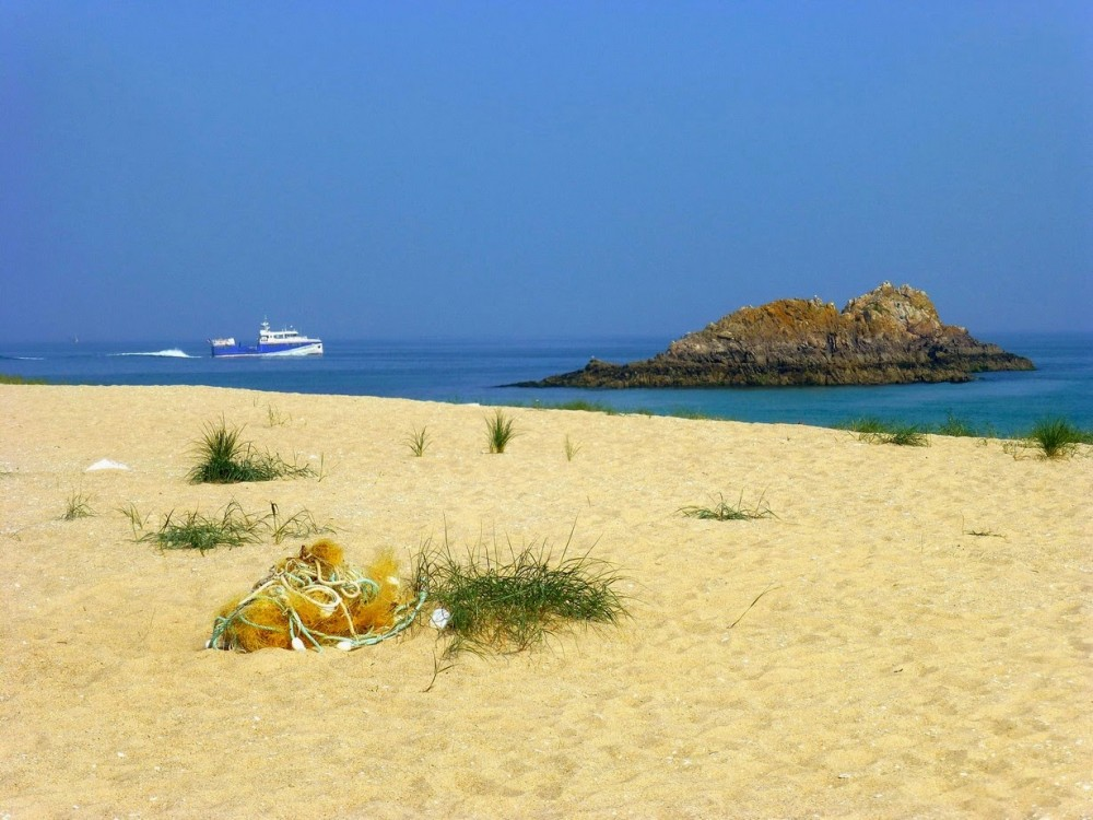 Houat, extrémité de la plage concave